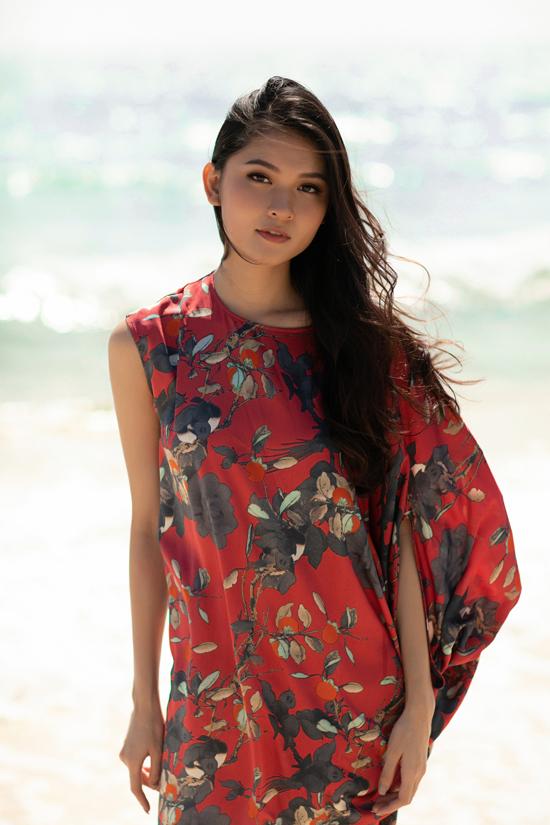 Á hậu Thùy Dung gợi ý chọn váy đi biển mùa thu - 2
