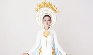 Trang phục truyền thống của Thùy Tiên ở Miss International