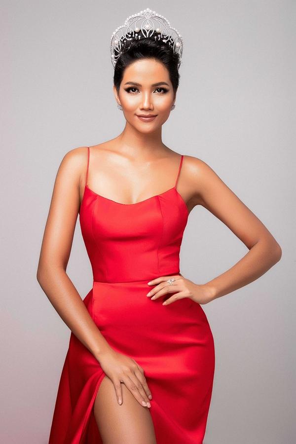 HHen Niê khoe nhan sắc trước ngày dự thi Miss Universe