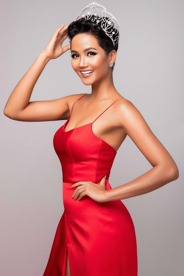 HHen Niê khoe nhan sắc trước ngày dự thi Miss Universe - 1