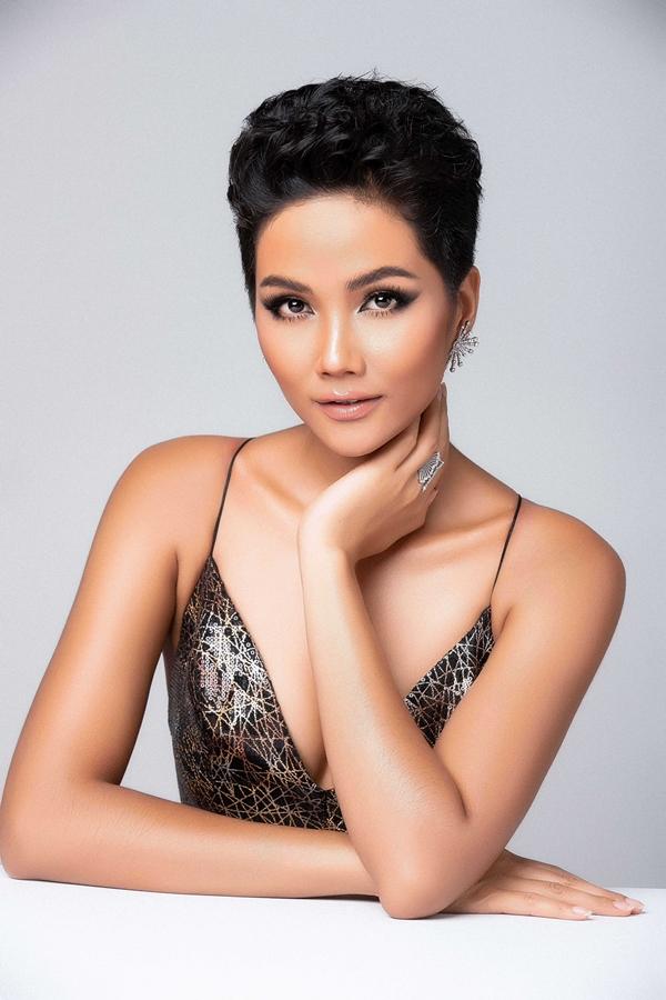 HHen Niê khoe nhan sắc trước ngày dự thi Miss Universe - 6
