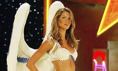 Gisele Bundchen bỏ Victoria's Secret vì một tách trà