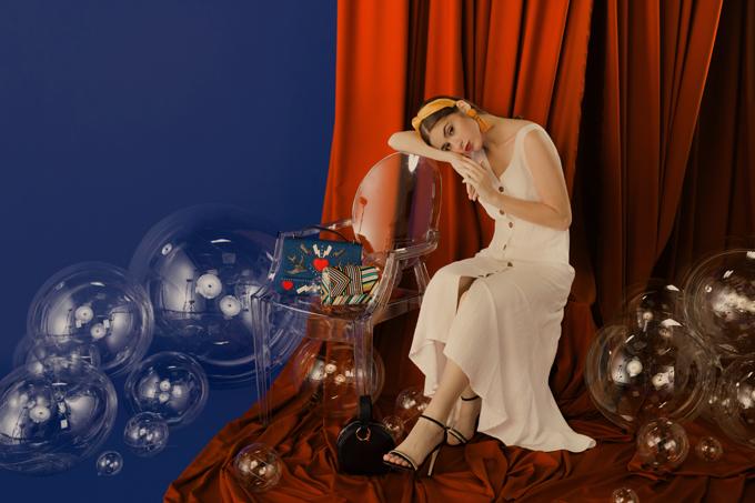 Ngoài thời trang, phái đẹp còn dễ dàng sở hữu nhiều món đồ làm đẹp của các thương hiệu danh tiếng, được nhiều người ưa chuộng.