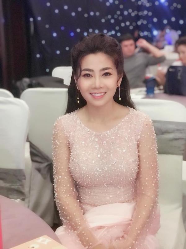 Đầu tháng 8 vừa qua, diễn viên Mai Phương phát hiện căn bệnh ung thư phổi và phải điều trị tại Bệnh viện Quân y 175, TP HCM