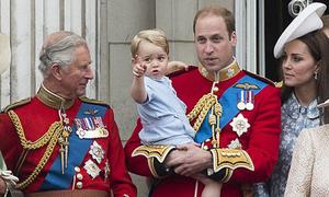 Hoàng tử William: 'Bố tôi dành quá ít thời gian cho các cháu'