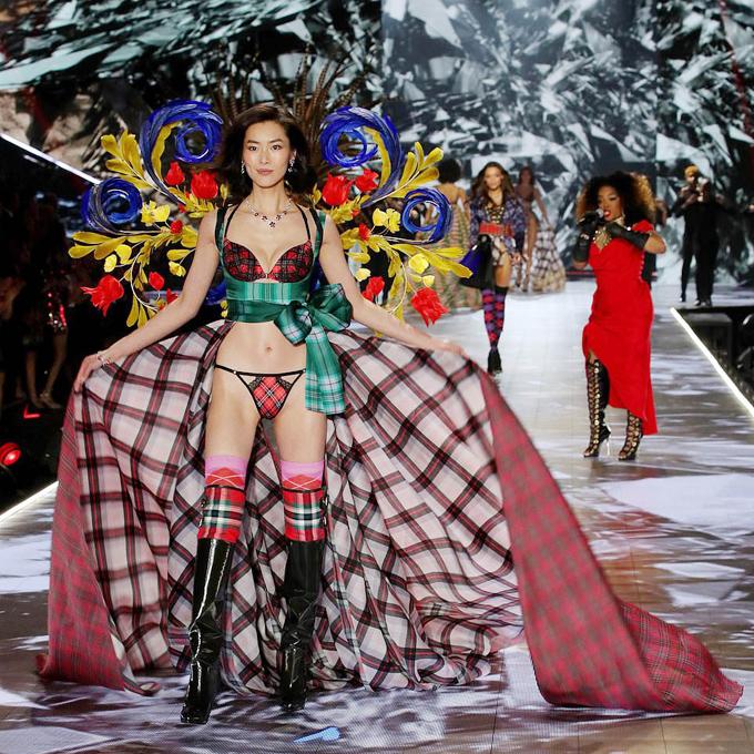 5 nàng mẫu gốc Á ghi dấu ở show Victorias Secret 2018