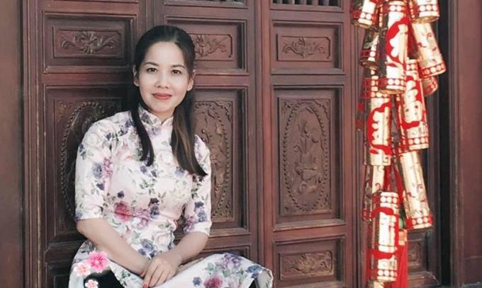 Chị Nguyên Hạnh, chủ nhân những mâm cơm khiến ông xã và các con mê mẩn.