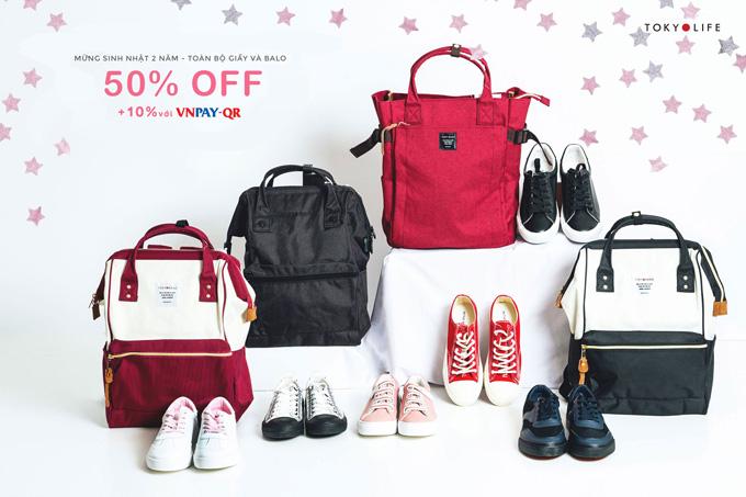 Phụ kiện balo, giày thể thao cũng ưu đãi 50%, cho khách hàng thoải mái mua sắm.