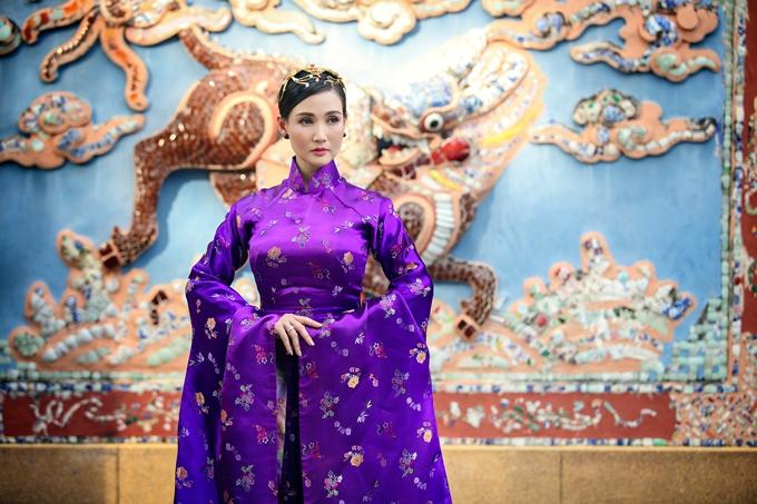 Hoa hậu Quý bà Châu Á tại Mỹ trẻ trung ở tuổi 46.