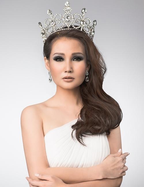 Hoa hậu Sương Đặng được chiều vì là người phụ nữ duy nhất trong nhà - 2