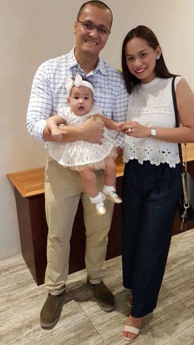 Patrisha bên chồng và con gái Jade, 9 tháng tuổi. Ảnh: Mercury Press & Media.