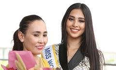 Mẹ Tiểu Vy khóc tiễn con gái đi thi Miss World 2018