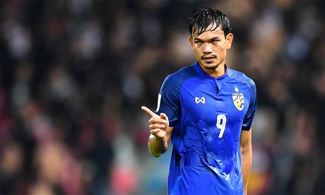 Tiền đạo Thái Lan ghi 6 bàn trong trận ra quân AFF Cup