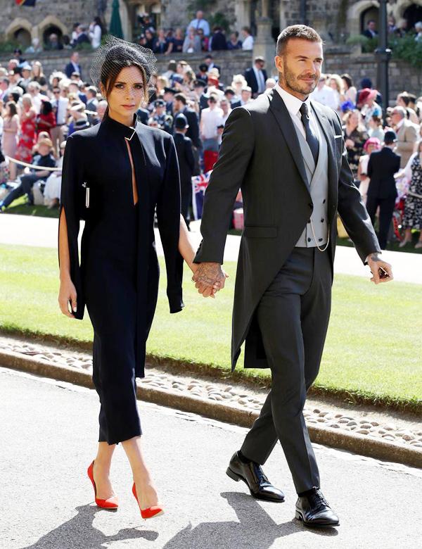 Cặp vợ chồng quyền lực Becks - Vic dự đám cưới Harry - Meghan hồi tháng 5.
