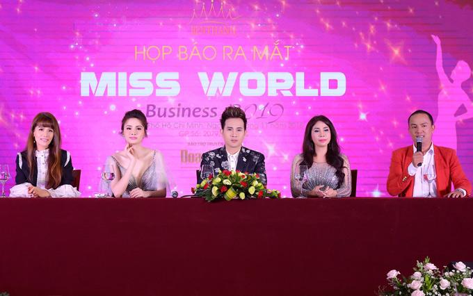 Dự kiến ngày 11/1/2019 dàn giám khảo sẽ lên đường sang Australia chấm thi Miss World Business tổ chức tại thành phố Melbourne.