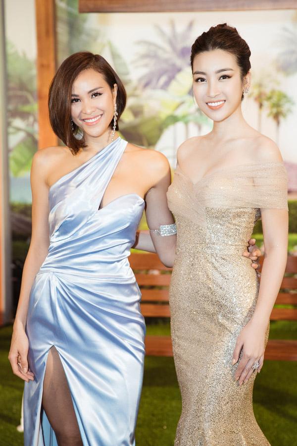 MC Phương Mai đọ dáng với Đỗ Mỹ Linh tại event