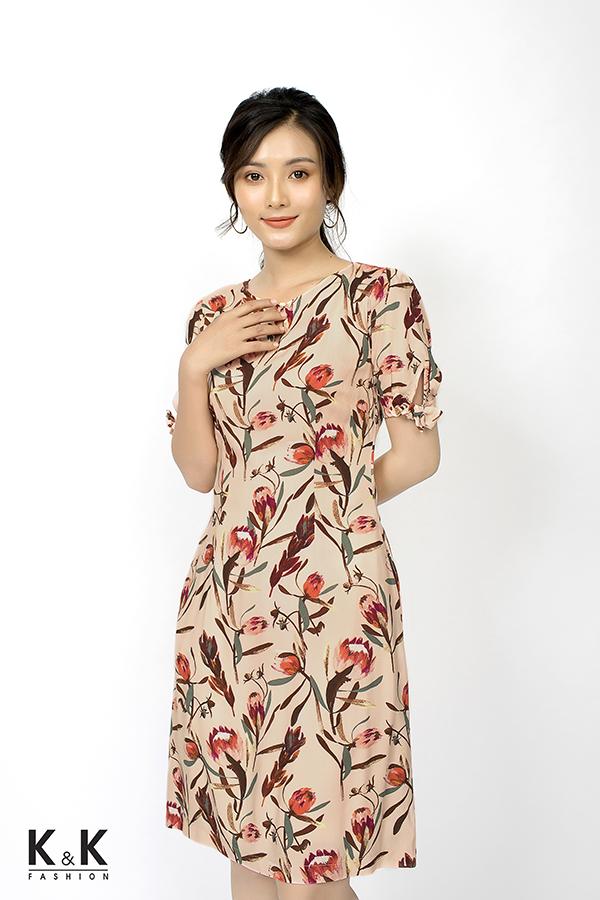 Đầm hồng chữ A tay lỡ cổ giọt nước KK80-03; Giá: 420.000 VND