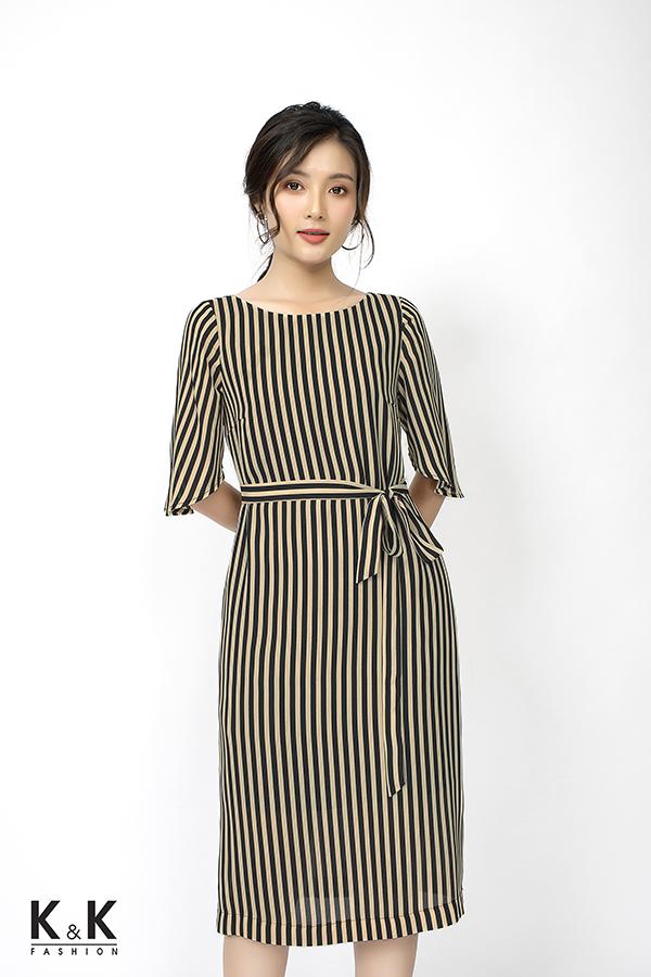 Đầm suông kẻ sọc thắt nơ eo HL03-29; Giá: 430.000 VND