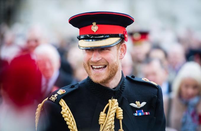 Đứng thứ 6 trong danh sách thừa kế ngai vàng nhưng Hoàng tử Harry hiện là người được yêu thích nhất hoàng gia Anh. Ảnh: Samir Hussein.