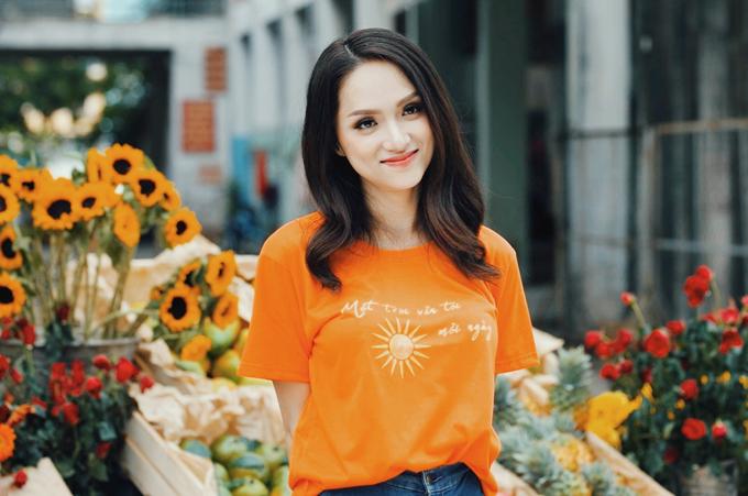 Hương Giang khoe nhan sắc xinh tươi trong MV Mặt trời vẫn tới mỗi ngày.