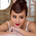 Vy Oanh hóa thân thành Audrey Hepburn