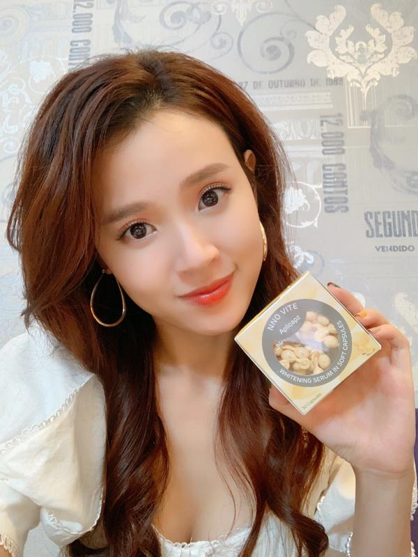 Người đẹp Mi Du sử dụng vitamin C dạng viên NNO Vite để chăm sóc và dưỡng trắng da.