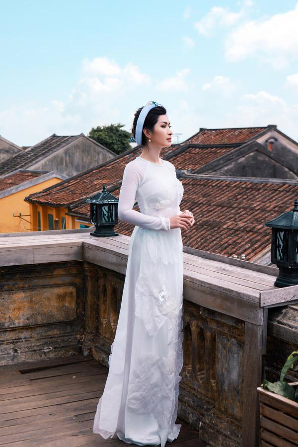 Nguyễn Hồng Nhung khoe nhan sắc gái hai con với áo dài - 6