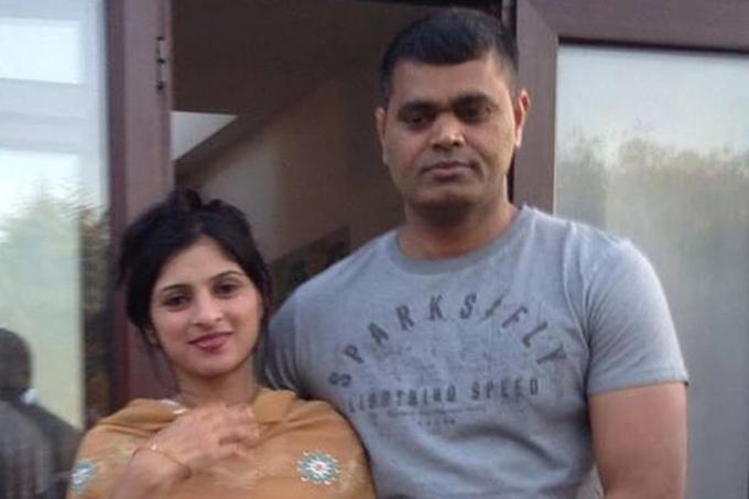 Sana đang mang thai đứa con thứ ba với anh Imtiaz. Ảnh:Facebook.