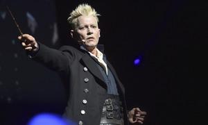 Johnny Depp toả sáng trong 'Fantastic Beasts 2' dù bị tẩy chay