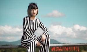 Mỹ Ngọc Bolero gợi ý trang phục dạo phố mùa thu Đà Lạt