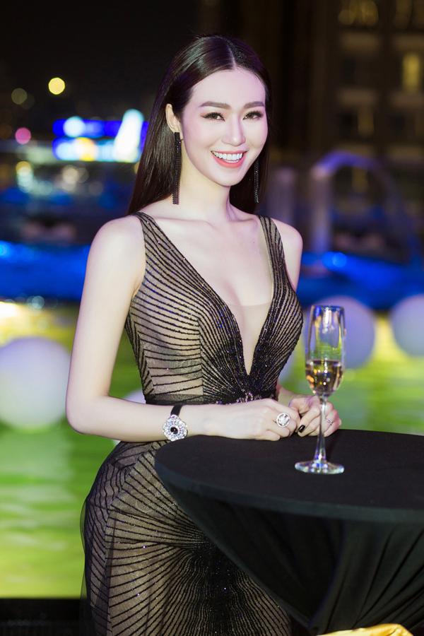 Khánh My cho biết thời gian qua cô bận kinh doanh và chuẩn bị cho các dự án điện ảnh trong tương lai. Nữ diễn viên muốn thử sức với vai trò nhà sản xuất phim.