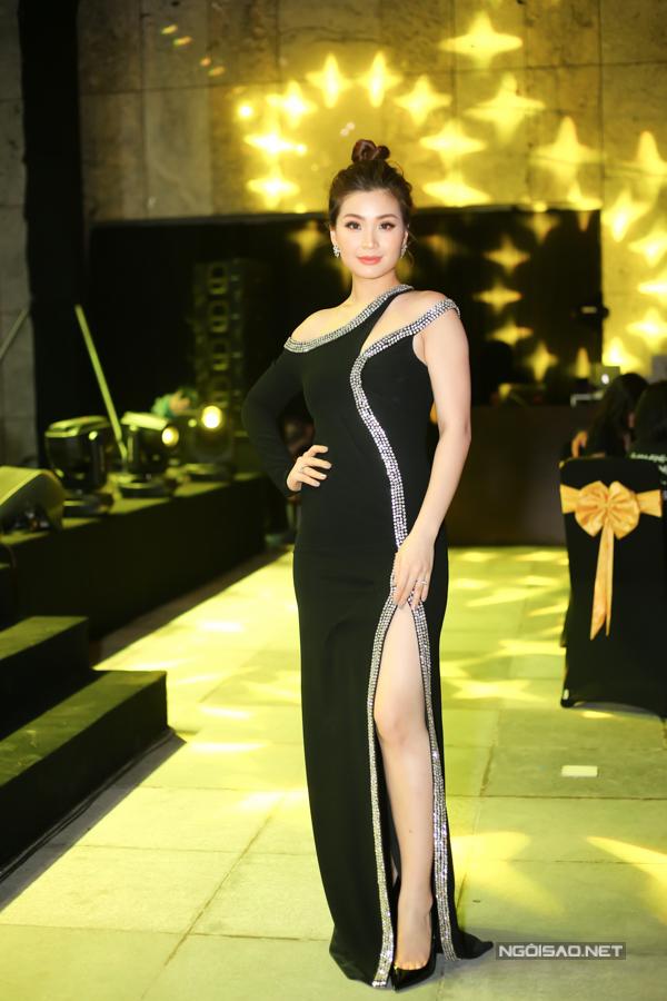 Á hậu Diễm Trang đảm nhiệm vai trò MC trong sự kiện.