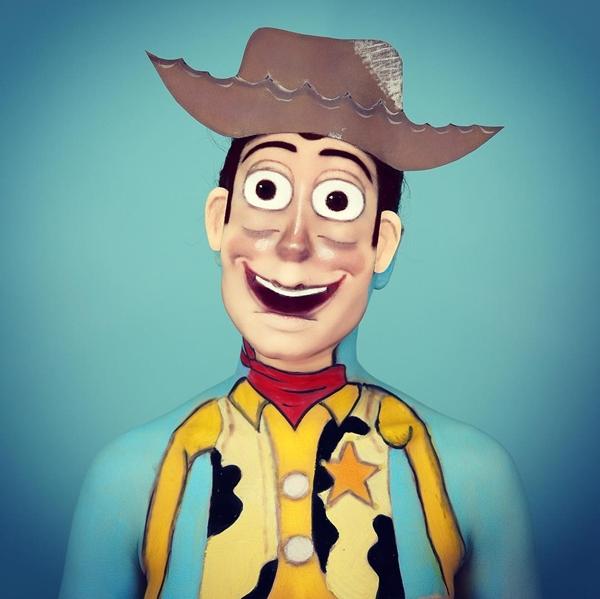Annie đã hóa thân thành rất nhiều nhân vật nổi tiếng như Woody trong phim Toy Story,Patrick Star trong phim Spongebob Squarepants...