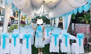 Cô gái 'dở khóc dở cười' khi diện đồ trùng màu phông bạt đám cưới