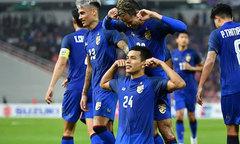 Cầu thủ Thái Lan tái hiện tuyệt phẩm đá phạt góc của đồng đội