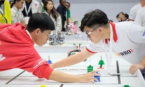 Đội Việt Nam giành giải ý tưởng đột phá ở cuộc thi tài năng robot tại Thái Lan