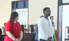 Lừa 'quà triệu đô', người đàn ông Nigeria lĩnh 6 năm tù