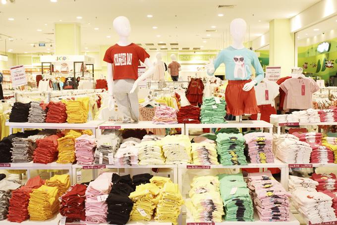 Khách hàng sẽ có nhiều trải nghiệm thú vị khi mua sắm tại Aeon.