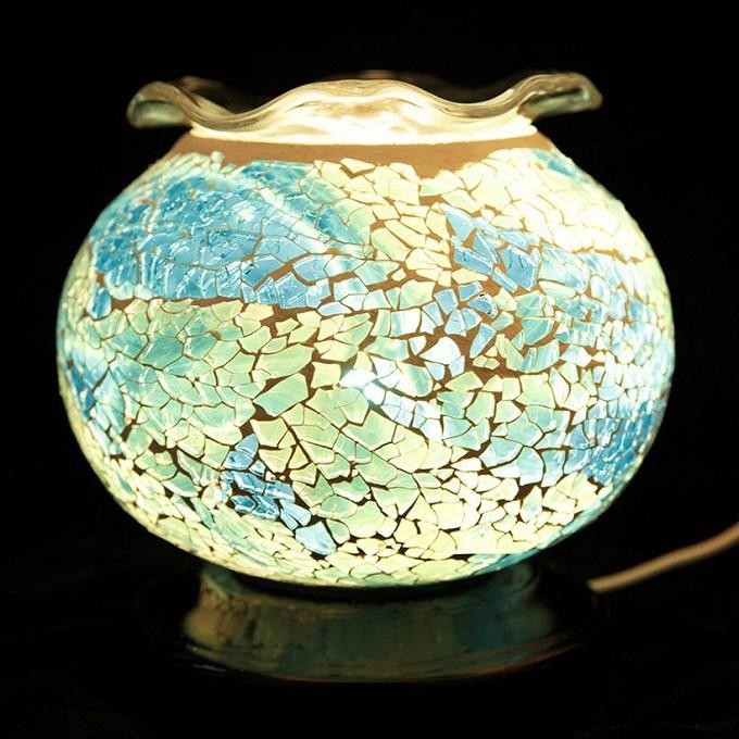 Đèn xông tinh dầu pha lê Lorganic DX0421xanh xám: Đèn có thiết kế đẹp mắt có thể dùng để trang trí hoặc làm đèn ngủ, mang đến không gian sống thư thái, dễ chịu cho cả gia đình.