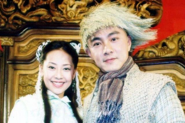 Trương Tây vai Mộc Kiếm Bình và Trương Vệ Kiện vai Vi Tiểu Bảo trong phim Tiểu Bảo và Khang Hy.