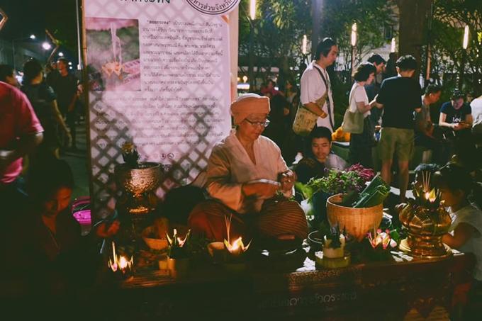 Chàng trai Việt hướng dẫn tham tham gia lễ hội đèn trời đẹp nhất thế giới ở Chiangmai - 1