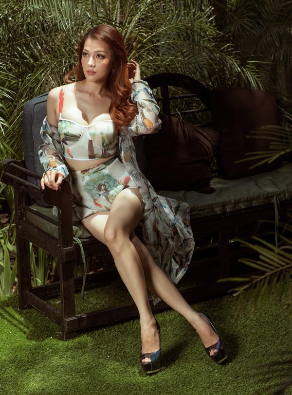 Thái Nhiên Phương sở hữu chiều cao và vóc dáng như người mẫu. Tuy không hoạt động nhiều trong làng giải trí nhưng thỉnh thoảng người đẹp vẫn nhận lời làm mẫu ảnh cho một số nhà thiết kế.