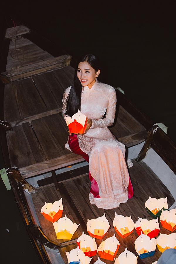Chỉ trong vòng 3 phút ngắn ngủi nhưng Hoa hậu Tiểu Vy đã giới thiệu trọn vẹn về nơi mình sinh ra.