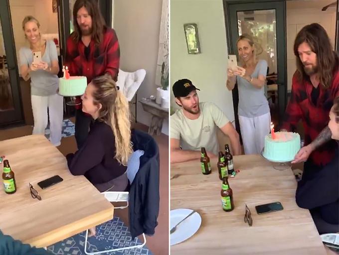 Miley đã được bố mẹ tặng bánh sinh nhật bất ngờ khi cô và Liam tới ăn tối.