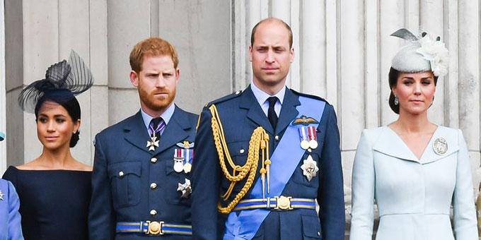 Hai cặp vợ chồng Meghan - Harry và William - Kate trong sự kiện kỷ niệm 100 năm lực lượng Không quân Hoàng gia RAF ở Điện Buckingham hồi tháng 7. Ảnh: Anwar Hussen.