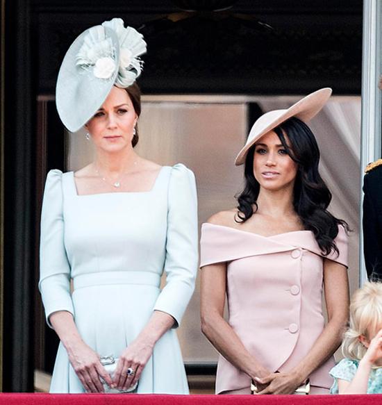 Meghan và kate tham dự sự kiện nhân sinh nhật 92 tuổi của Nữ hoàng Anh hồi tháng 6. Ảnh: The Sun.