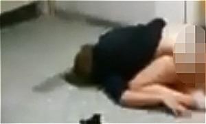 Đôi sinh viên bị ghi hình vì ngủ quên lúc đang sex ở hành lang