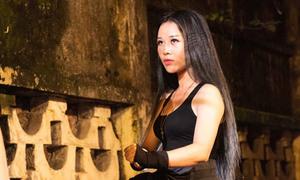 Vợ Việt Hoàn đánh đấm như nữ quái giang hồ