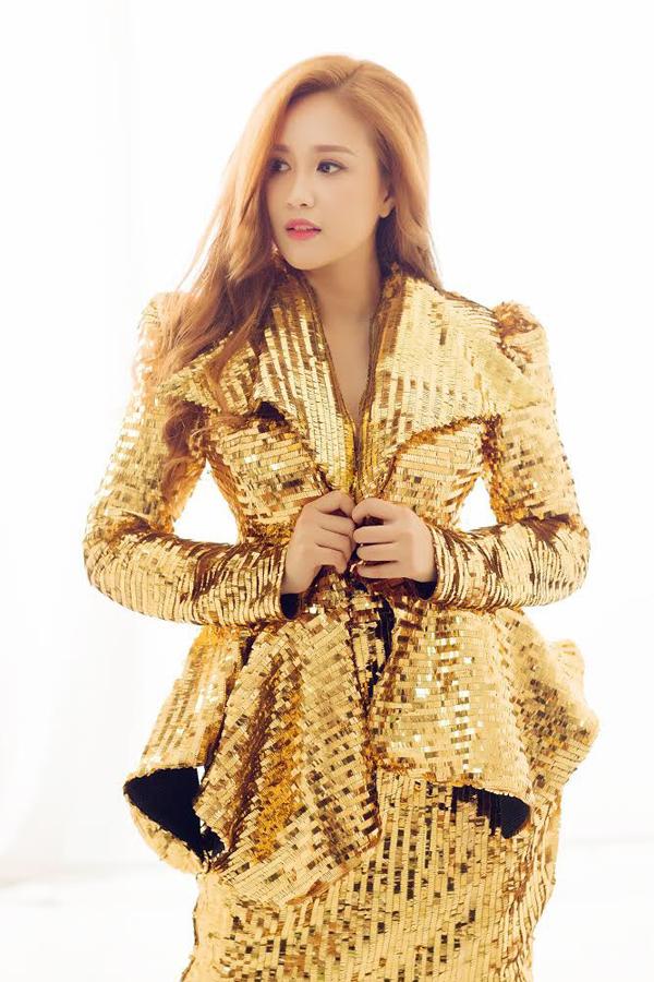 Người đẹp không chỉ được lòng các fan nhờ tài năng diễn xuất mà còn bởi cô có lối sống lành mạnh, không scandal.