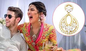 Hoa hậu Thế giới được mẹ chồng tặng bông tai 80 nghìn USD